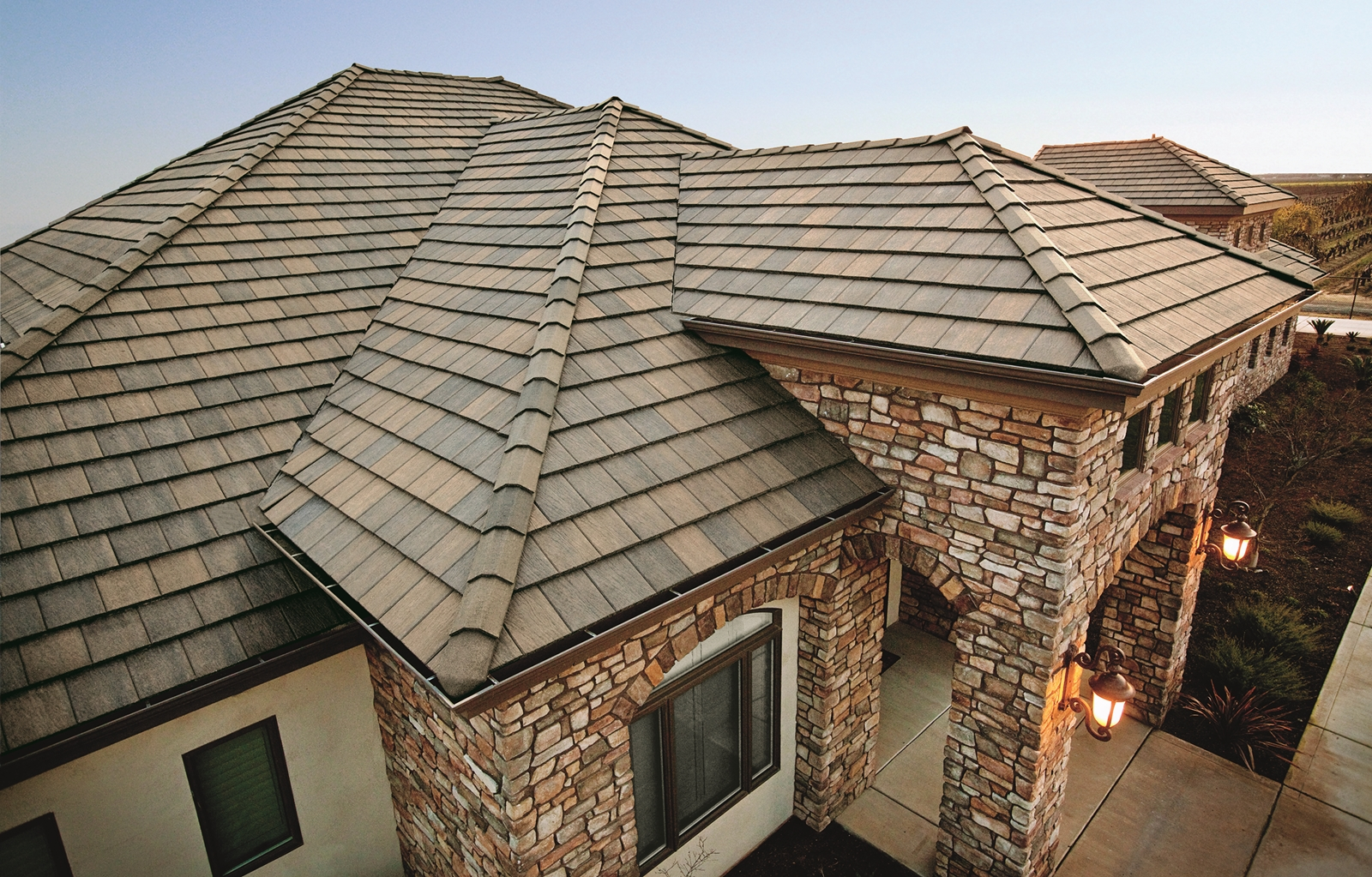Tile roofing tekline roofing for Clay tile roofs